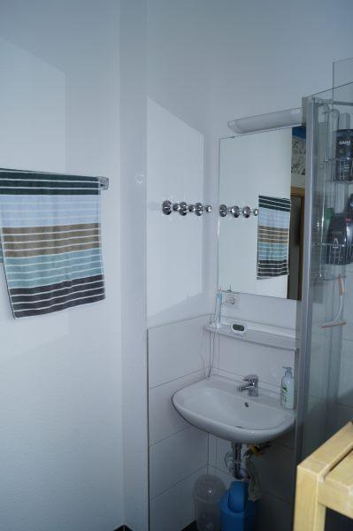 Bath 1 Ap8 2